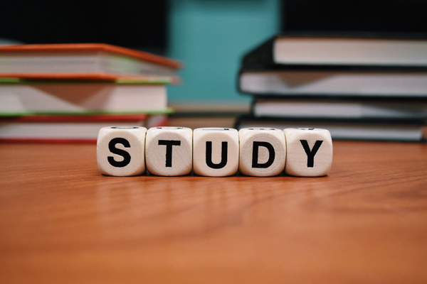 看高考状元的学习方法与你有何不同